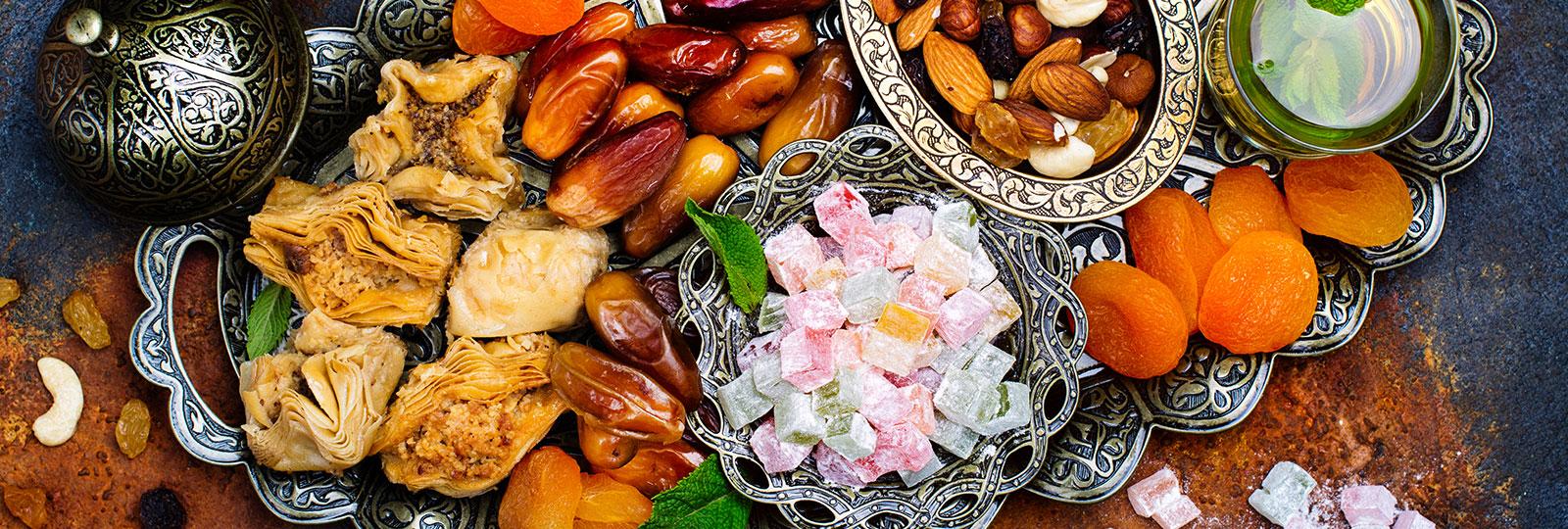 احتفل بأجواء رمضان في فندق و أجنحة رمادا أمواج