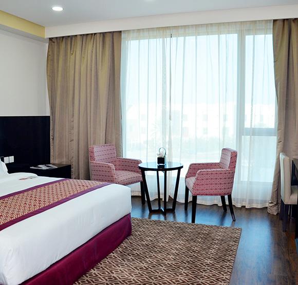 غرفة سوبيريور في فندق وأجنحة رامادا في جزر أمواج